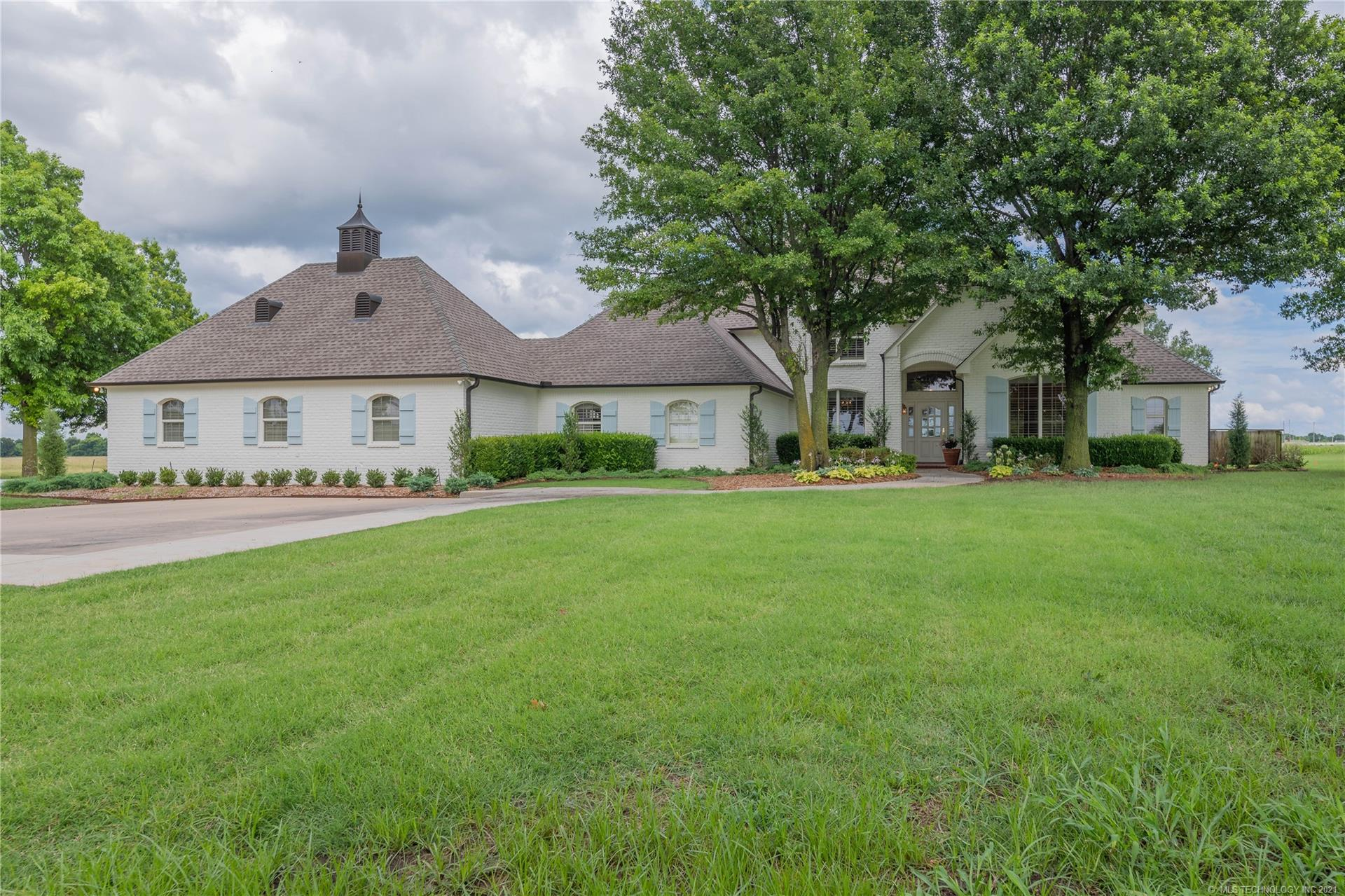 15105 N 97th East Avenue , Collinsville, OK 74021