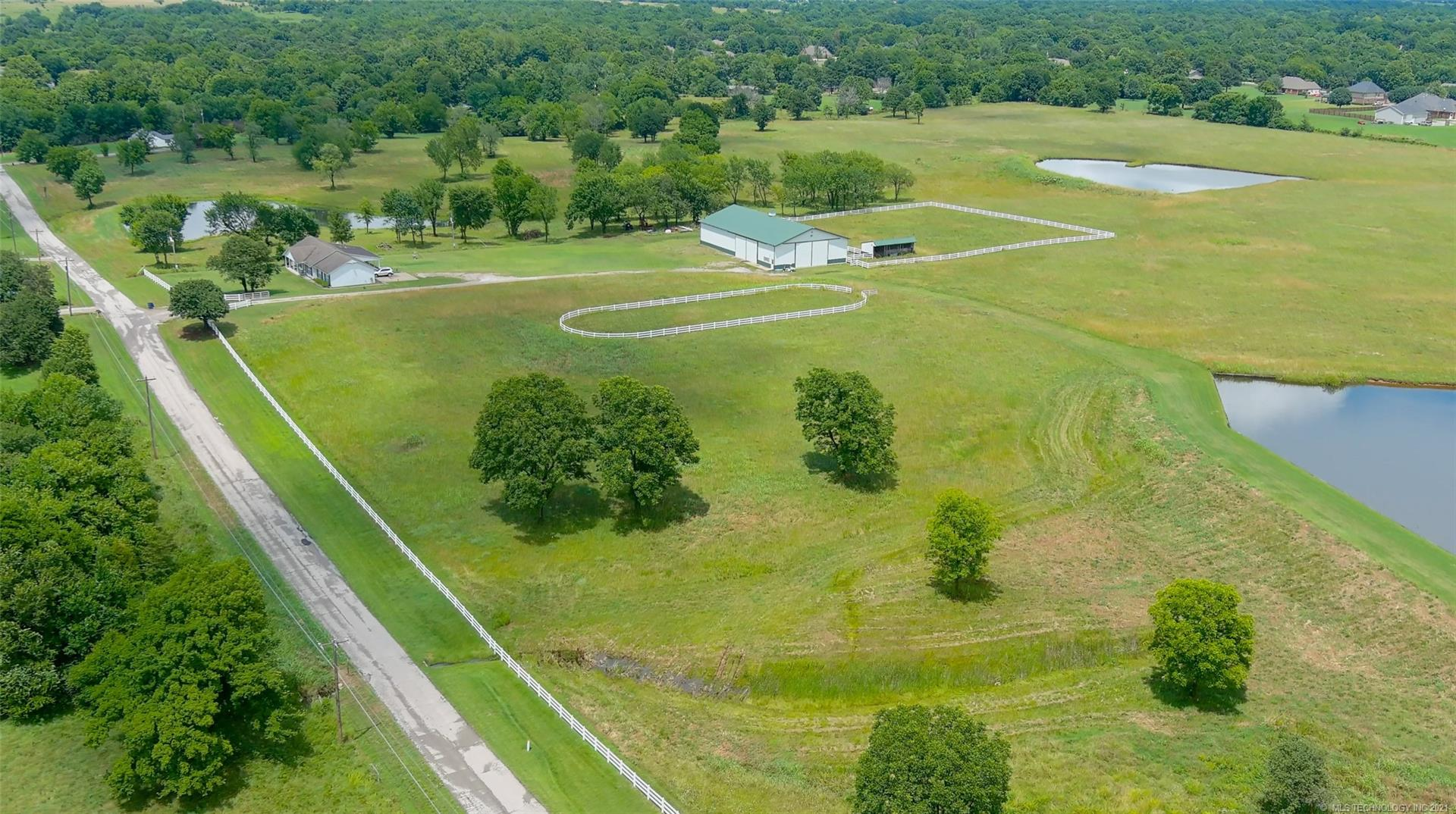 15317 N 97th East Avenue , Collinsville, OK 74021