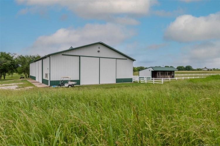 15317 N 97th East Avenue, Collinsville, OK 74021