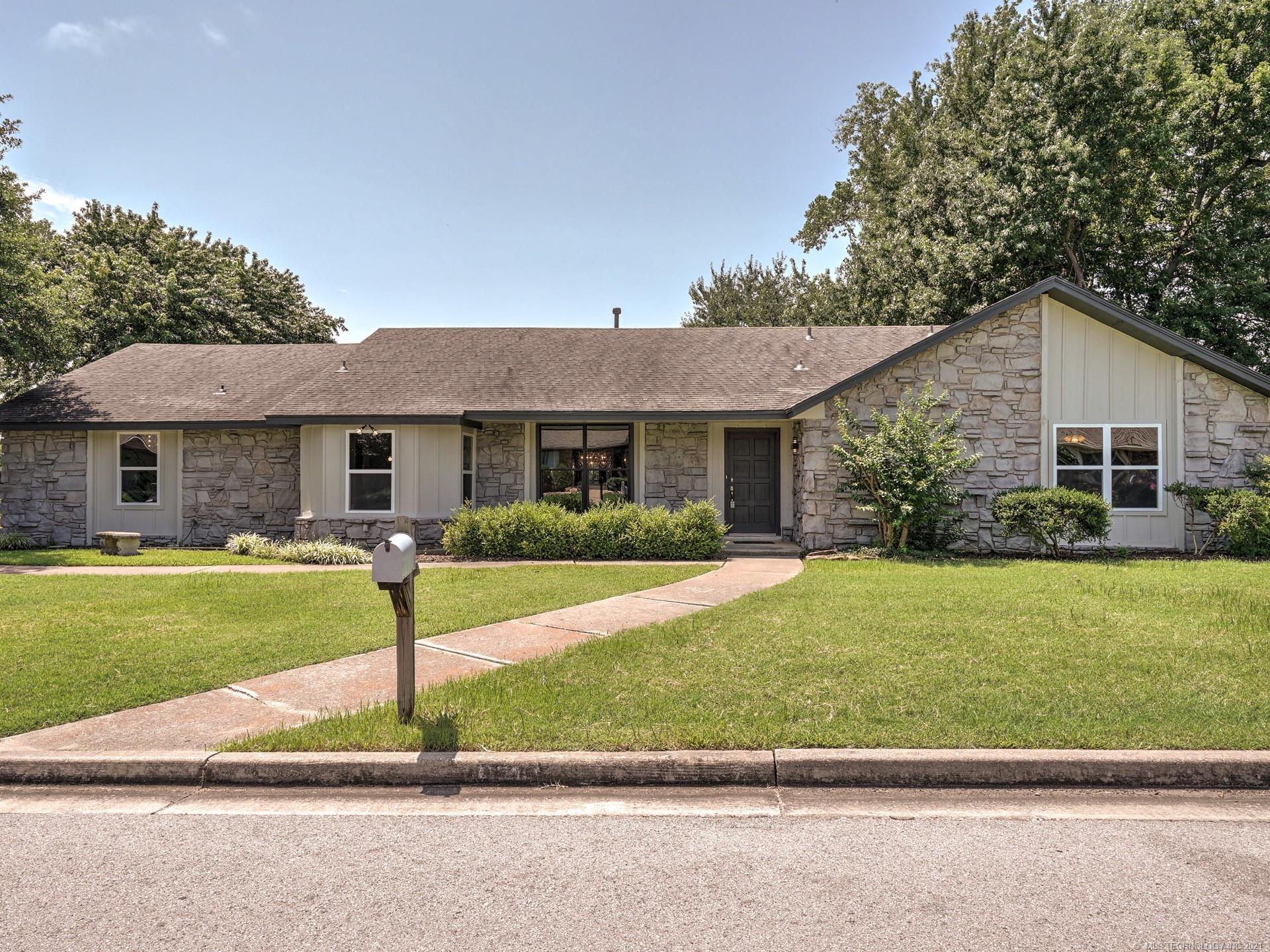 7116 E 86th Place , Tulsa, OK 74133