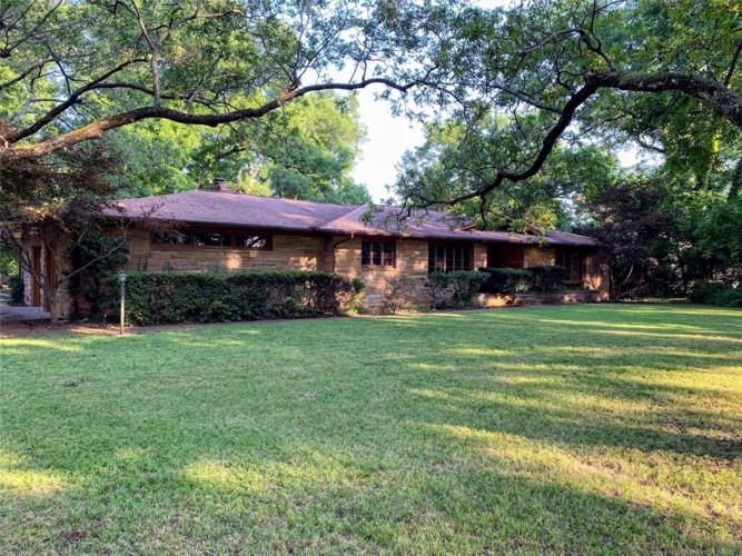 345 S Lynn Lane Road, Tulsa, OK 74108