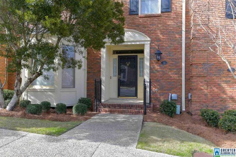 36 THE OAKS CIR, HOOVER, AL 35244