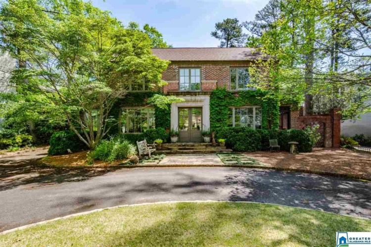 2913 SURREY RD, MOUNTAIN BROOK, AL 35223