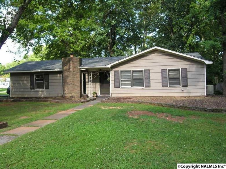 1602 EASTMEAD AVENUE, DECATUR, AL 35601