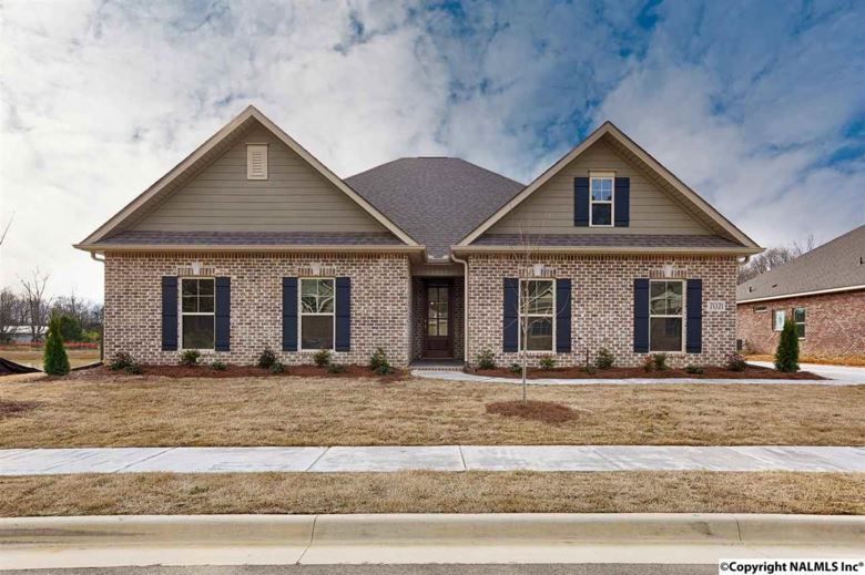 7021 SE REGENCY LANE, GURLEY, AL 35748