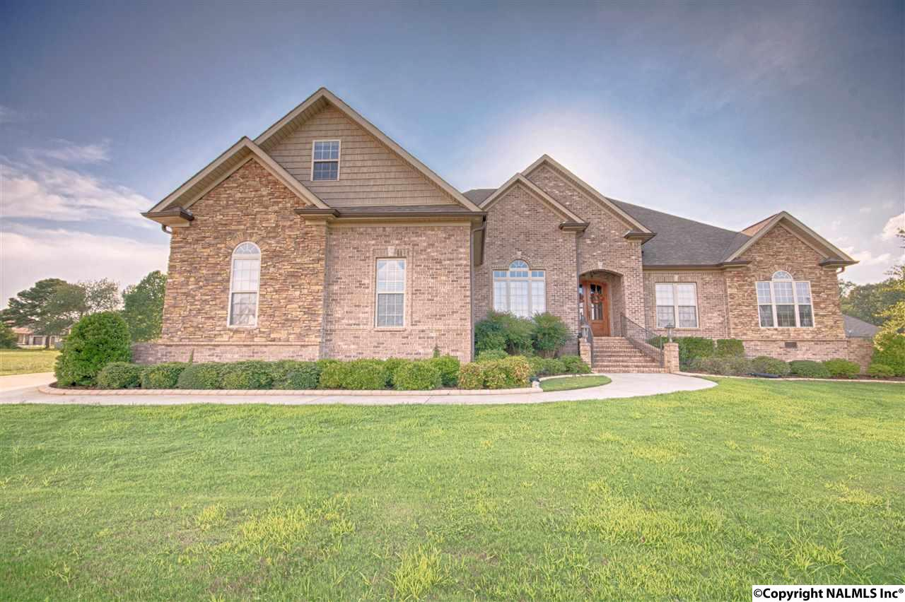 16435 TRAVERTINE DRIVE, ATHENS, AL 35613