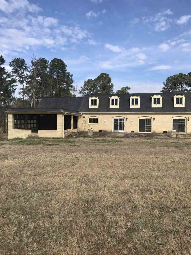 625 COUNTRY CLUB ROAD, ALBERTVILLE, AL 35951