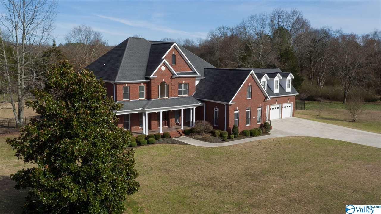 15350 PEPPER CREEK ROAD, HARVEST, AL 35749
