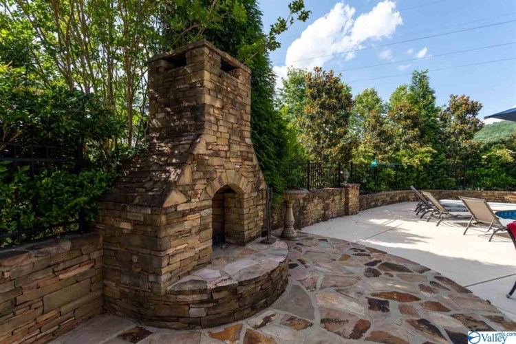 2 HUNTLEIGH PLACE, GURLEY, AL 35748