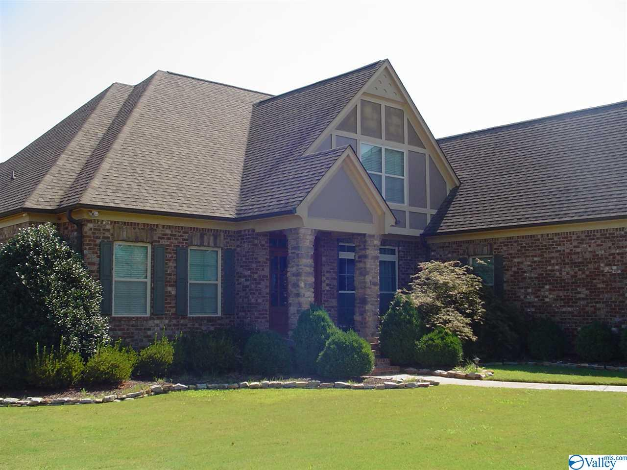 24180 BEACON CIRCLE, ATHENS, AL 35613