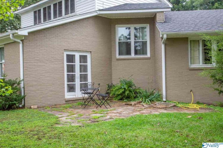 102 COLLEGE AVENUE, BOAZ, AL 35957