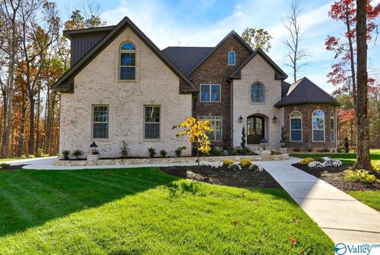 105 Walnut Creek Circle, Huntsville, AL 35811