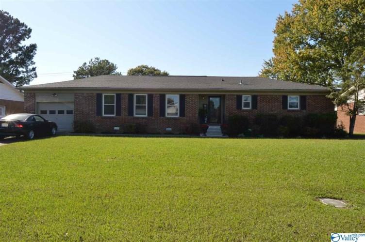 1809 19th Avenue SW, Decatur, AL 35601