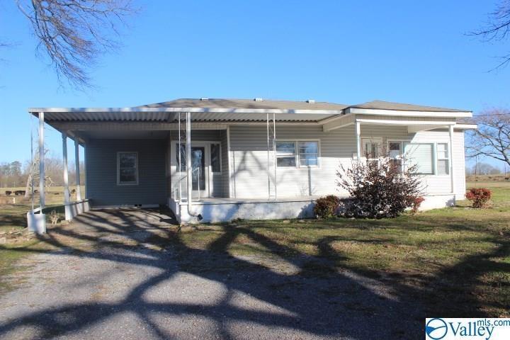 81 County Road 326, Fyffe, AL 35971