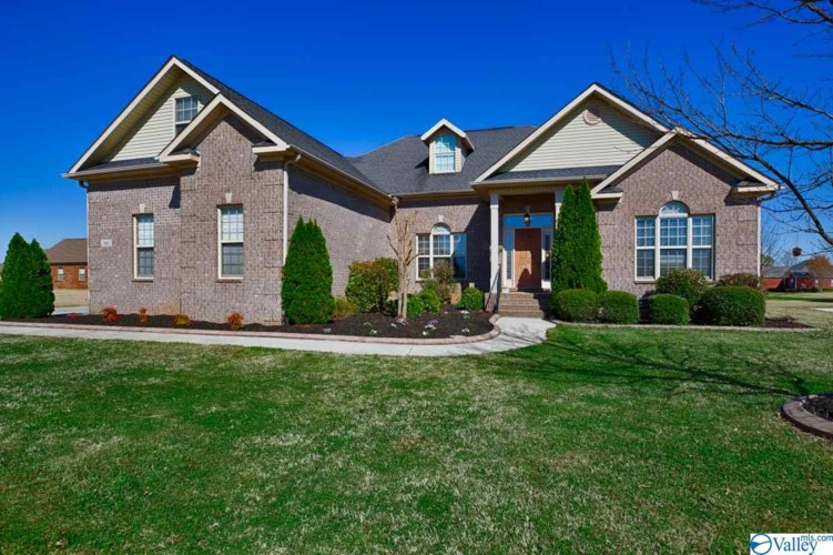 349 Weatherford Drive NW, Madison, AL 35757