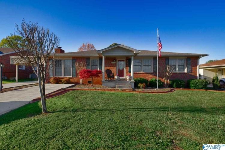 1511 Oakwood Avenue NE, Huntsville, AL 35811