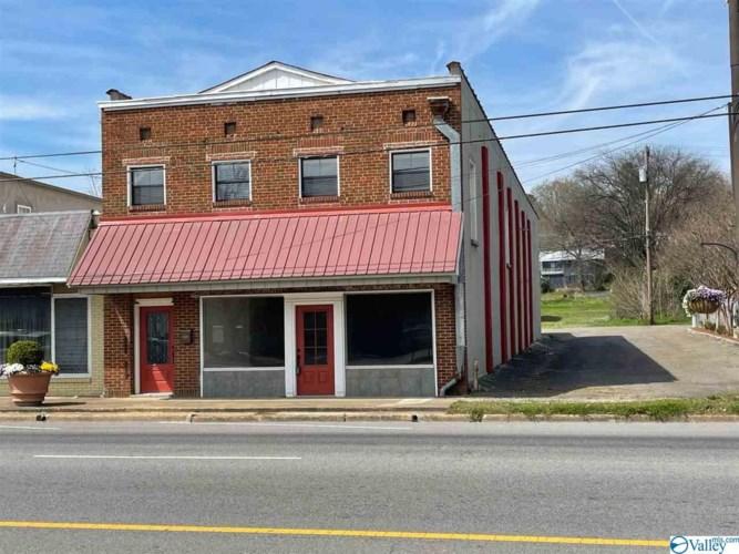 1314 Gunter Avenue, Guntersville, AL 35976