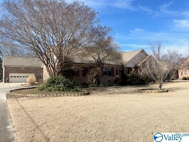 101 Village Drive, Hartselle, AL 35640