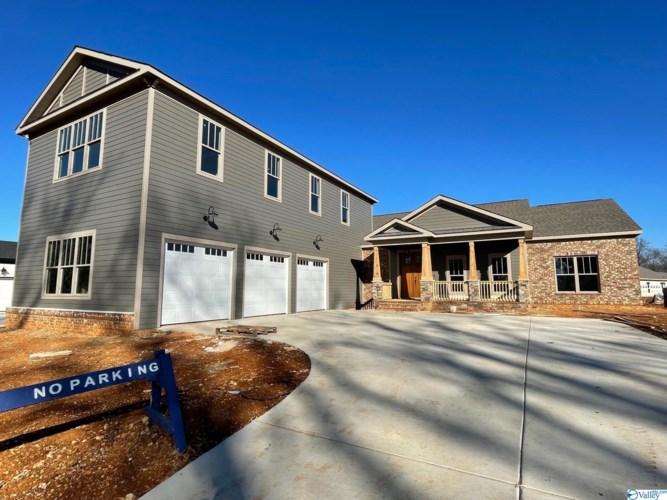 205 Farmhouse Drive, Madison, AL 35757