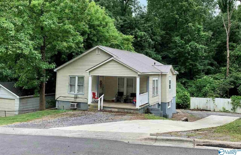2005 Beard Street, Guntersville, AL 35976