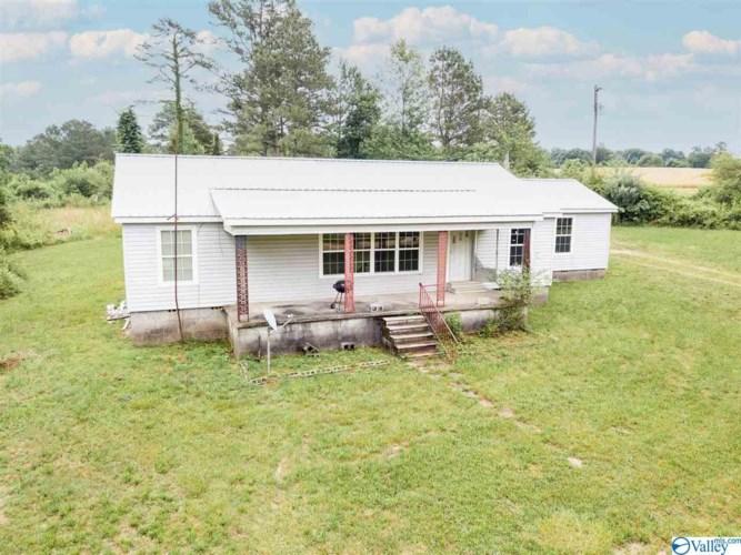 700 County Road 768, Pisgah, AL 35765