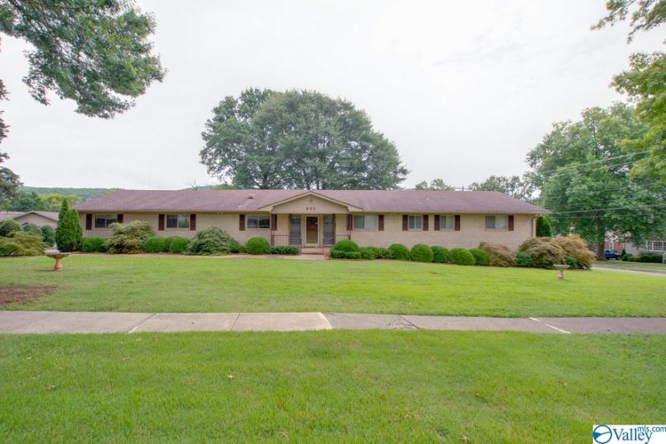 903 Owens Drive SE, Huntsville, AL 35801