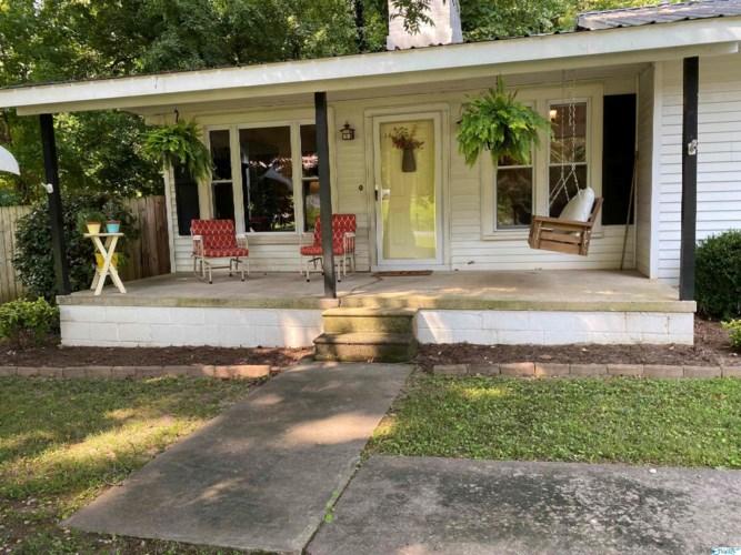 1416 Patterson Street, Guntersville, AL 35976