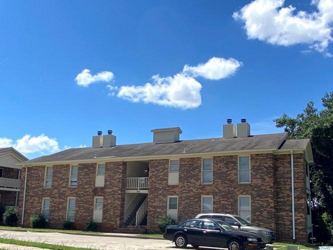 1511 NW Halston Circle, Huntsville, AL 35816
