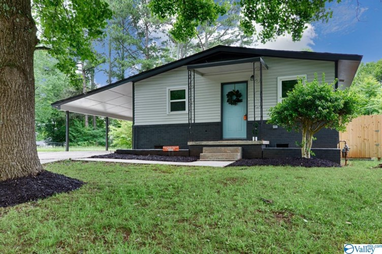 615 Kennan Road NW, Huntsville, AL 35811