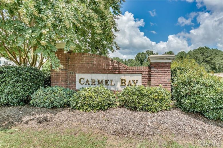 32 CARMEL BAY Drive  #32, Northport, AL 35475