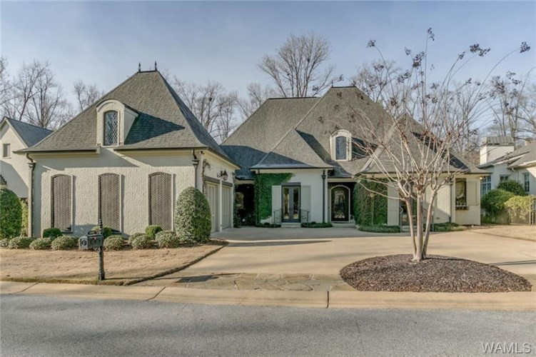 2715 Beacon Hill Parkway, Tuscaloosa, AL 35406
