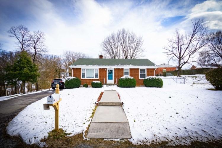 4908  Rowe Ridge RD NW, Roanoke, VA 24017