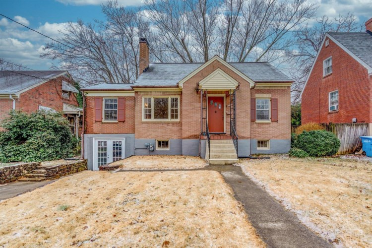 3428  Forest Hill AVE NW, Roanoke, VA 24012