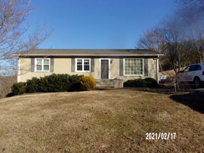 2728  Thompson Ridge RD, Ferrum, VA 24088