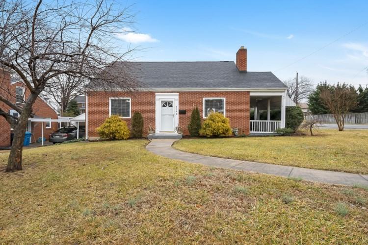 2348  Howard RD SW, Roanoke, VA 24015