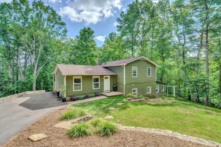 8694  Starlight LN, Boones Mill, VA 24065