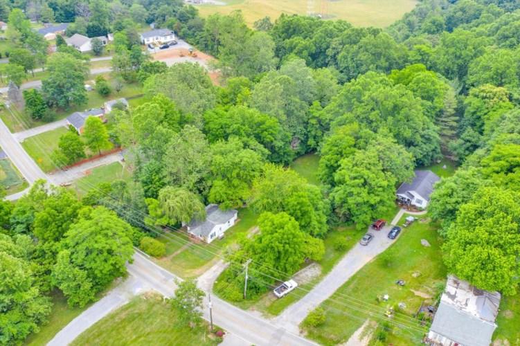 740  North Mill RD, Salem, VA 24153