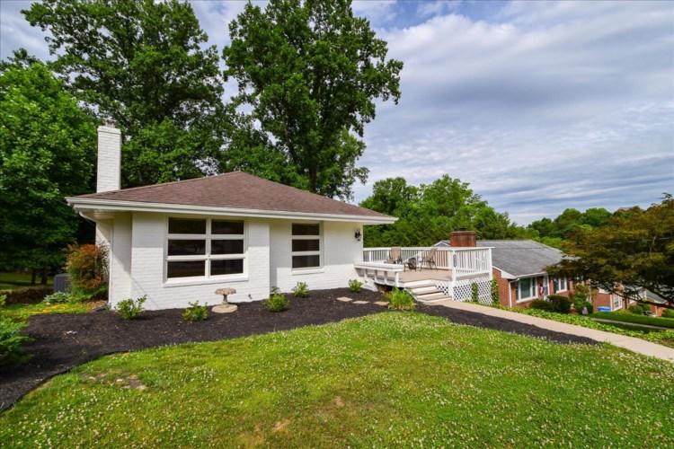 542  Dillard RD SW, Roanoke, VA 24014