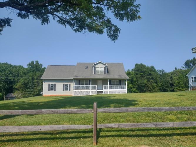 109  Little Creek RD, Moneta, VA 24121