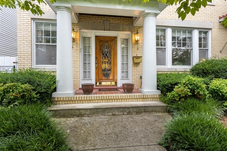 1348  Maple AVE SW, Roanoke, VA 24016
