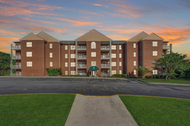4448  Pheasant Ridge RD SW, Roanoke, VA 24014