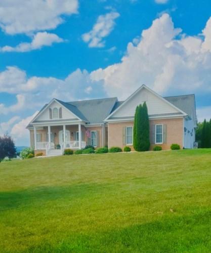 60  Old Farm RD, Boones Mill, VA 24065
