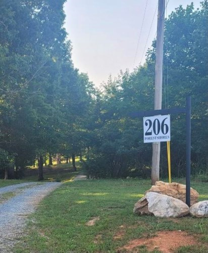 206  Forest Shores RD, Wirtz, VA 24184