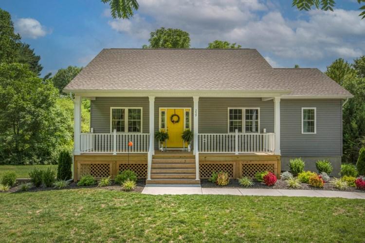 259  Catawba RD, Daleville, VA 24083