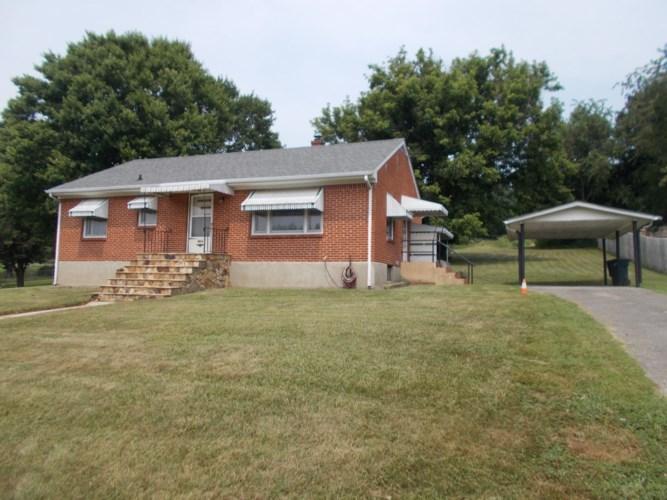 3152  Richard AVE NE, Roanoke, VA 24012