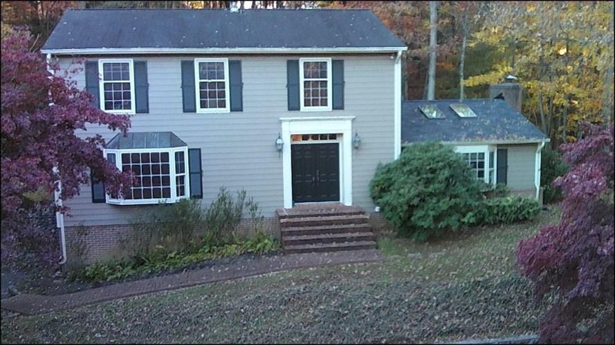 4901  Greenlee RD SW, Roanoke, VA 24018