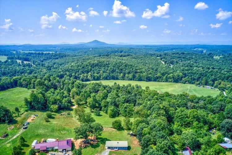 1901  Farm View RD, Glade Hill, VA 24092