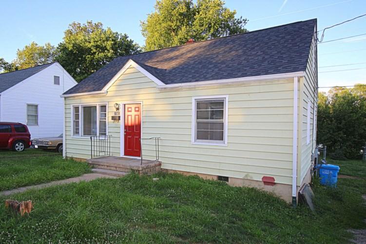 2205  Plantation RD NE, Roanoke, VA 24012