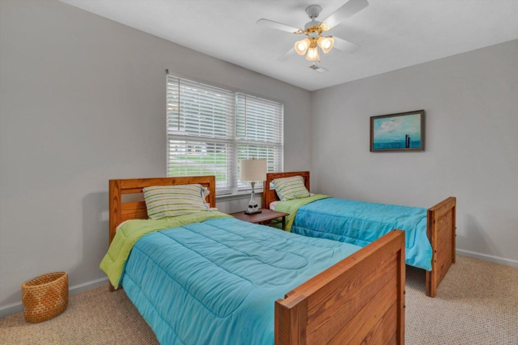 155  Indian Pointe DR, Hardy, VA 24101