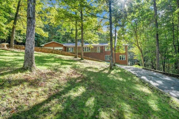 1620  Hidden Forest DR, Goodview, VA 24095